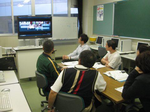 【画像】TVを使った授業風景