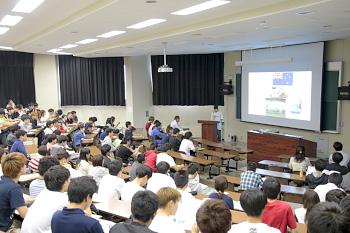 環農コース、国際学部生130名が参加しました。