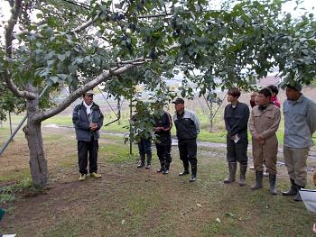 果樹園主の林さんは北海道果樹協会の会長さんです