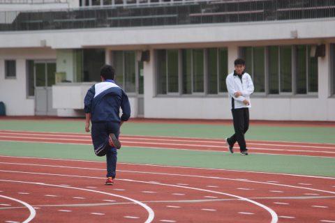 前日、会場でトレーニング
