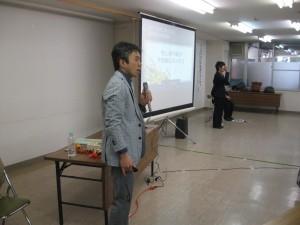 庄内先生の講話と手話通訳